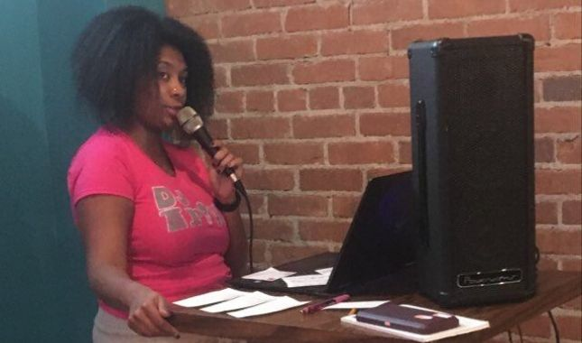 Sparks DJ Trivia host Keyana at Packs & Pints